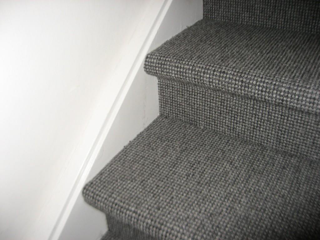 Vloerbedekking dichte trap zonder zijkanten hd interieurs